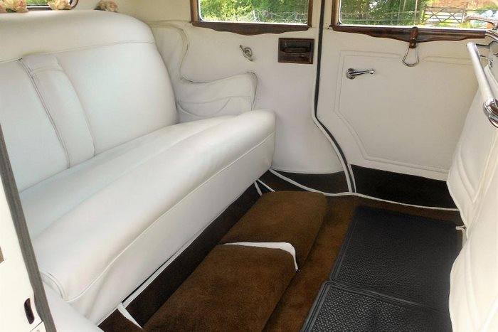 1930 Pierce Arrow Interior