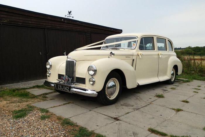 Wedding Photos Involving Vintage And Classic Wedding Cars Brides