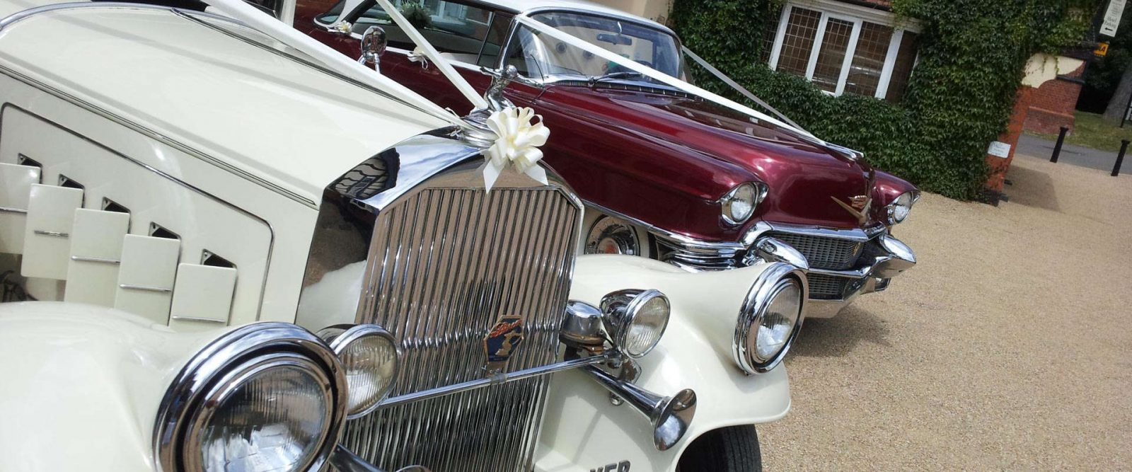 Arrow Vintage Wedding Cars Hire