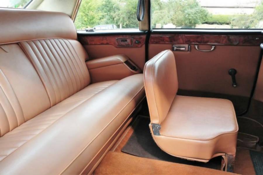 1981 Daimler DS420 Limousine Interior